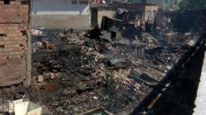 Menino de 9 anos morre em incêndio na Zona Leste de São Paulo