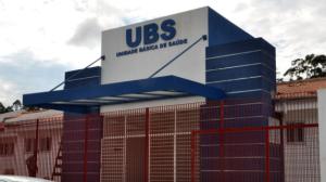 Médico sem máscara é flagrado atendendo pacientes em UBS