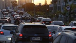 Rodovias de SP registram trânsito intenso no retorno do feriadão