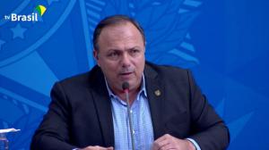 General Eduardo Pazuello toma posse como ministro da Saúde