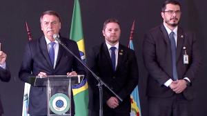 """""""Nós temos um compromisso com o combate à corrupção"""", diz Bolsonaro"""