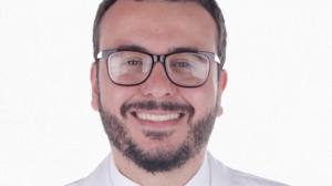 Voluntário de testes da vacina de Oxford morre por complicações da Covid-19