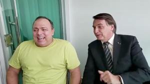 """""""Um manda e o outro obedece"""", diz Pazuello sobre Bolsonaro"""