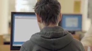 Preso hacker que invadiu sistema do TSE no 1º turno das eleições