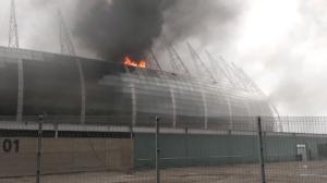 Incêndio atinge área interna da Arena do Castelão, em Fortaleza; VÍDEOS