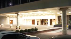 Quarentena: brasileiros se endividam para pagar hotel no Reino Unido