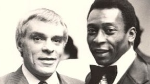 """Narrador Silvio Luiz sobre Pelé: """"Figura que serve de exemplo"""""""