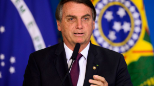 """""""Acusar Bolsonaro de não comprar vacinas é injusto"""", critica general"""