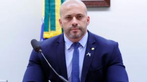 """""""Câmara se acovardou no caso de Daniel Silveira"""", diz Carlos Jordy"""