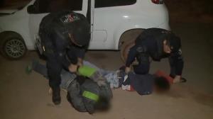 Ladrões em carro roubado são presos em ação policial