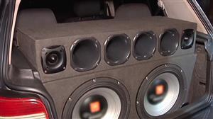 Veículo é guinchado após abordagem por som em volume acima do permitido