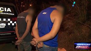 Suspeitos de roubo são reconhecidos pela vítima e detidos pela polícia