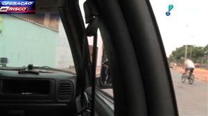 Traficante foge da polícia de bicicleta