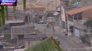 Polícia sobe morro para tentar descobrir 'QG' do tráfico no interior de SP