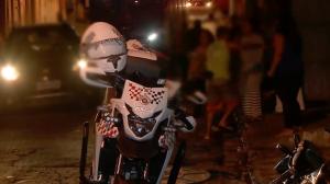Populares tentam tumultuar prisão de dupla de fugitivos