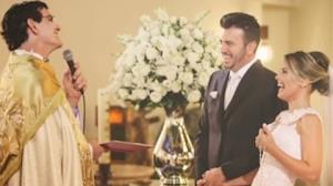 Thaeme fez quest�o do casamento na igreja: