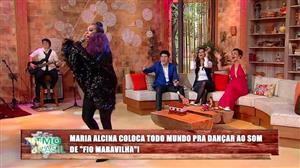 """Maria Alcina coloca todo mundo para dançar com """"Fio Maravilha"""""""