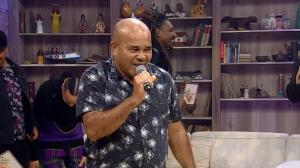 Cantores se apresentam no palco do Ritmo Brasil e surpreendem jurados