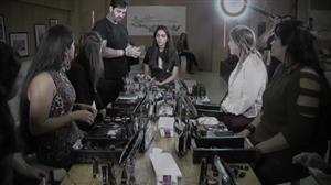 Dani Albuquerque recebe vencedoras de concurso de maquiagem