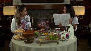 """Daniela Albuquerque conversa com Sarah Sheeva no """"Sensacional"""""""