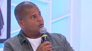 """""""Precisamos ser mais gentleman com as mulheres"""", diz Marcelinho Carioca"""