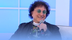 """""""Uma das maiores emoções"""", relembra Silvio Brito sobre show em cemitério"""
