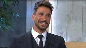 Júlio Rocha revela que já usou papel higiênico para dar volume íntimo