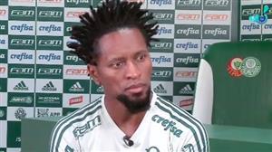 Zé Roberto diz que esposa é a responsável por sua longevidade no futebol
