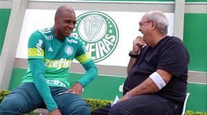 """""""Eu não me considero um ídolo"""", confessa o goleiro palmeirense Jailson"""