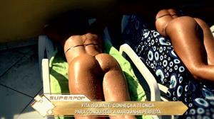 Mulher Melão conhece técnica de bronzeamento que é a sensação carioca