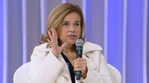 """Claudia Rodrigues diz que tem poucos amigos e lembra: """"Disseram que morri"""""""