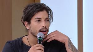 """""""Foi surpresa para mim"""", diz Douglas Sampaio sobre denúncia de agressão"""