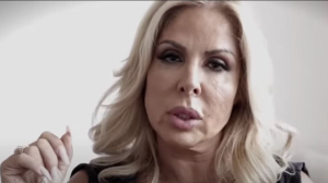 """""""Me roubou mais de um milhão"""", conta empresária traída por ex-marido"""