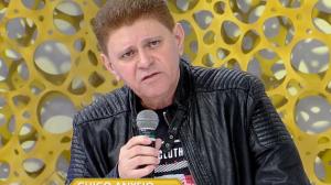 Batoré compara ator José de Abreu a lixo irreciclável