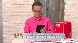 Flagra: apresentadora rouba lugar de Silvio Santos (4)