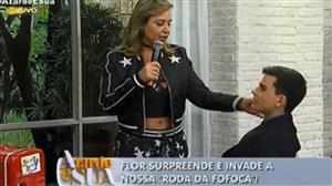 Dudu Camargo e Flor dançam arrocha no palco do A Tarde é Sua