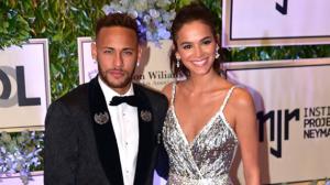 """Bruna Marquezine sobre morar com Neymar: """"Ainda não temos pensado nisso"""""""