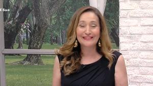 """Sonia Abrão parabeniza RedeTV! pelos 19 anos: """"Clima de família"""""""
