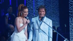 Desafinou? Marina Ruy Barbosa reage a críticas por dueto com Roberto Carlos