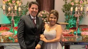 Após receber alta, Claudia Rodrigues aproveita casamento em Curitiba