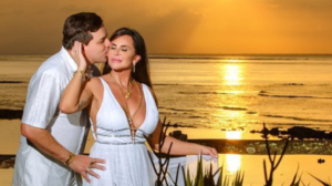 """Gretchen sobre data do casamento com Esdras de Souza: """"É aniversário dele"""""""