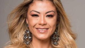 Cantora Luka paga funeral de fã e descobre que ela está viva