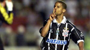 Marcelinho Carioca diz se Corinthians será rebaixado