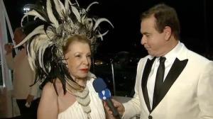 Foli� diz que recusa convites para ir ao Baile do Copa