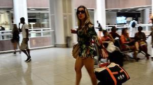 Joana Machado � flagrada em aeroporto