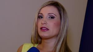 Andressa Urach culpa 'dist�ncia' por fim de namoro