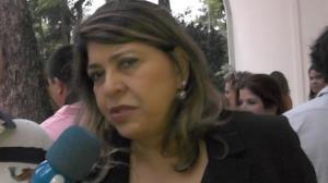 Roberta Miranda rebate ofensa na web: '� gentalha'