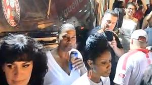TV Fama fica na 'cola' de Queen Latifah no RJ