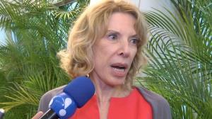 Mar�lia Gabriela acha 'idiota' repercuss�o do beijo gay do filho