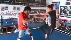 Pearl Gonzales explica regras e golpes do MMA